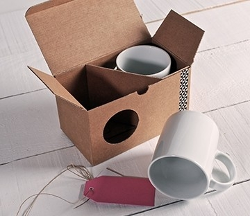 Box with window for mugs