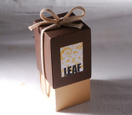 Cardboard gift box for wedding favours