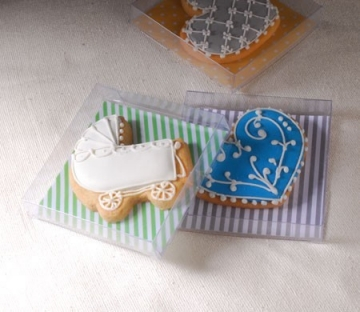 Transparent box for cookies