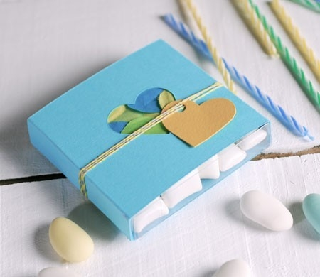 Romántica caja azul con corazón