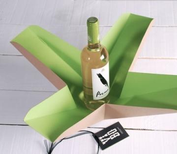 Bicolour gift box for wine