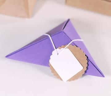 Caja de regalo piramidal