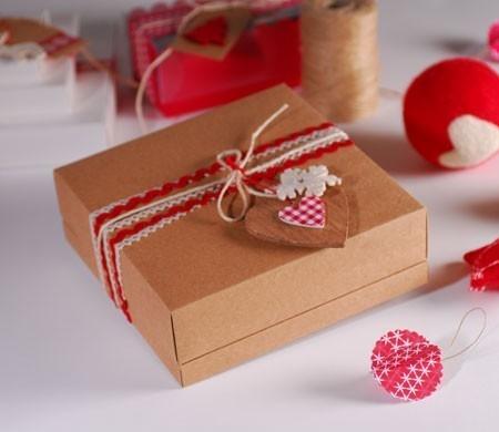 Scatole Per Regali Di Natale.Graziosa Scatola Per I Regali Di Natale Selfpackaging