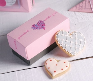 Gift box for wedding cookies