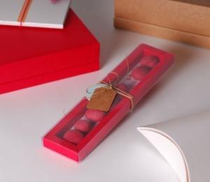 Little transparent box for candies