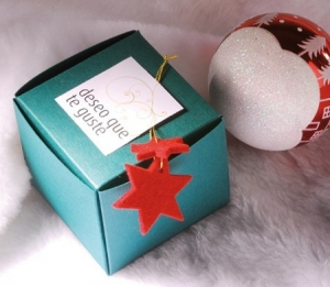 Square box to give as a present for Christmas