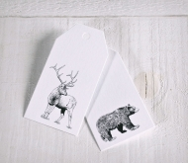 Set of animal printed tags
