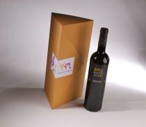 Triangular wine bottle box