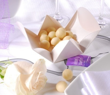 Original gift box for wedding favours