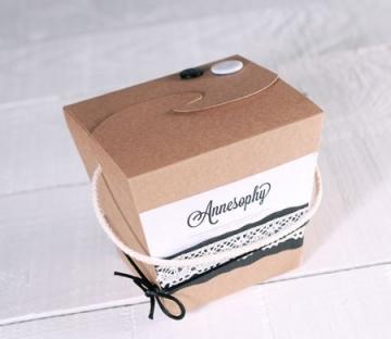 Caja original para ropa y complementos