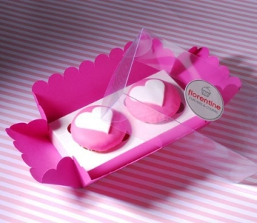 Box for two cupcakes in fuchsia and white
