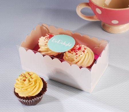 Box for 2 cupcakes with sticker