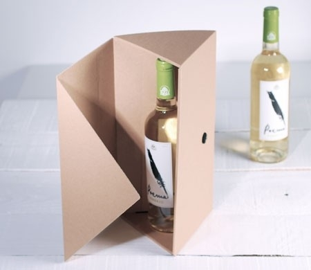caja regalo triangular para botellas de vino