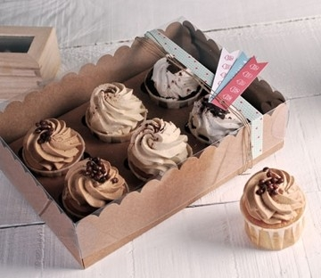 Decorated box for 6 cupcakes