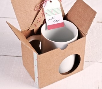 Box for mugs with washi tape