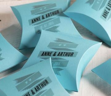 Caja impresa personalizada para bodas