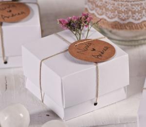 Cajita blanca para detalle de boda
