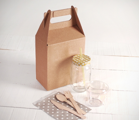 Small kit of Take Away packaging