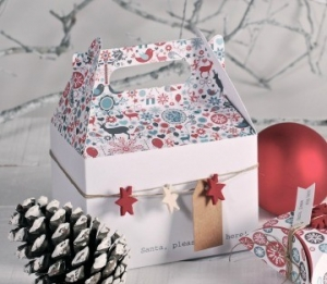 Gift boxes with handle