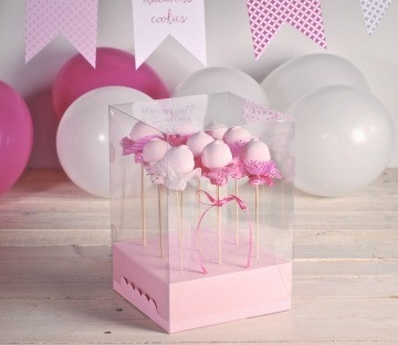 Clear boxes for cake pops