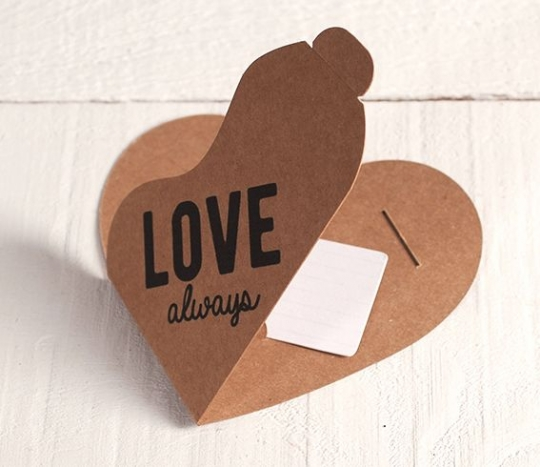 Caja Corazón para Vales o tarjetas