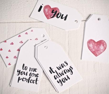 """Set mit 10 Geschenketiketten """"Love"""""""