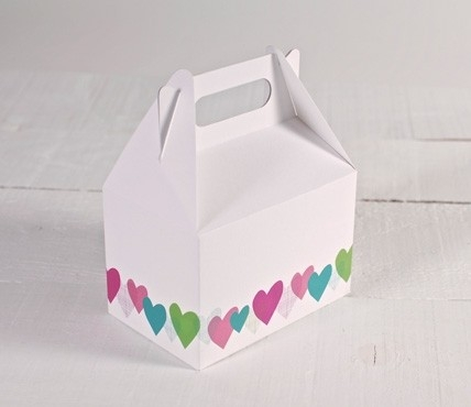 Cajas impresas con corazones