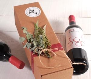 Box for shipping bottles