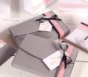 Caja con mensaje romántico