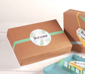 Box for clothes as presents