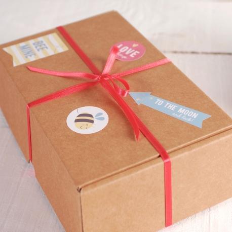 Scatolina con adesivi per regali
