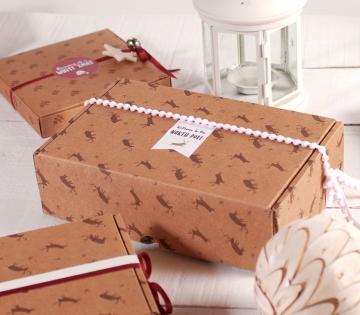 Caja con renos para envíos