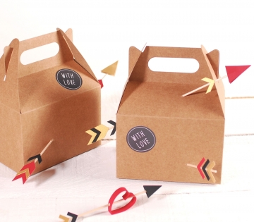 Picnic box with lots of love
