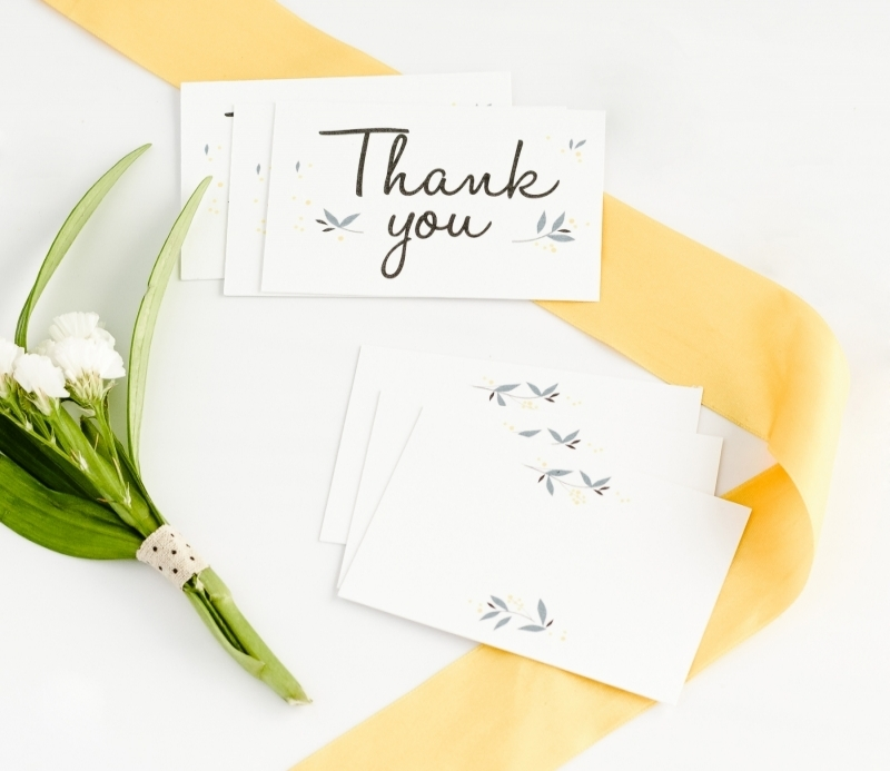 cards with a message for weddings