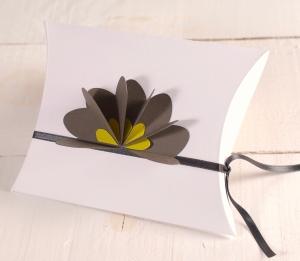 Scatola regalo decorata in 3D