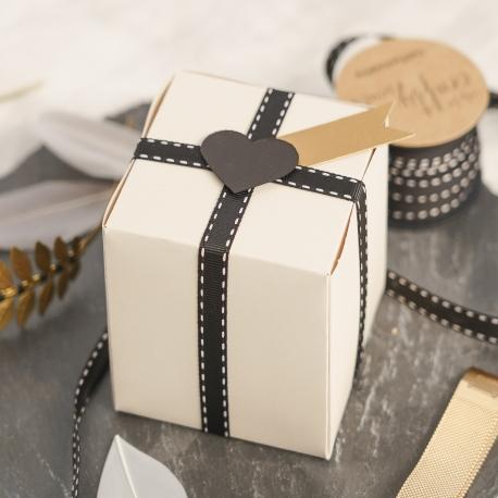 Elegant square box