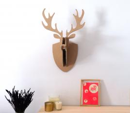 Cardboard reindeer head