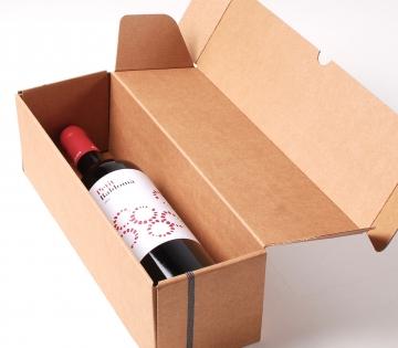 Einfache Dekoration für längliche Weinschachtel