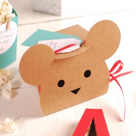 Mouse-shaped box decoration