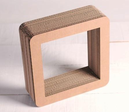 Cuadro de Cartón