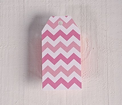 Printed labels Pink zigzag pattern