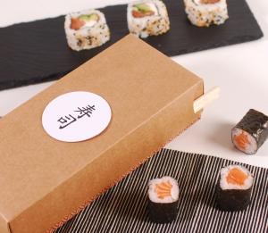 Rechteckige Schachtel für Sushi