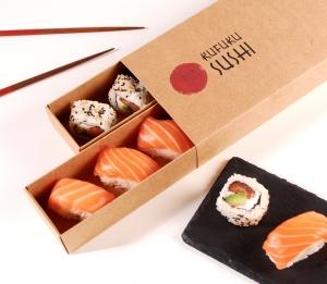 Schachtel für Sushi mit Fächern