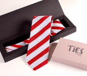 Caja alargada corbata