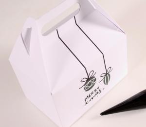 Picnic box for Christmas kits