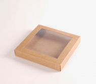 Flat box with window