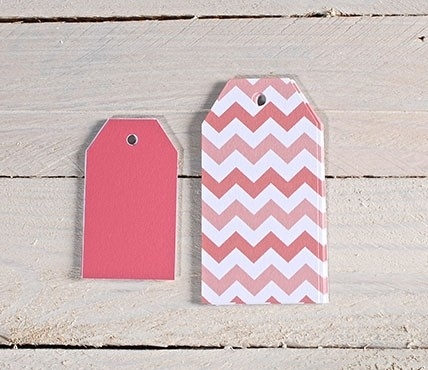 Red gift labels kit. Red Chevron